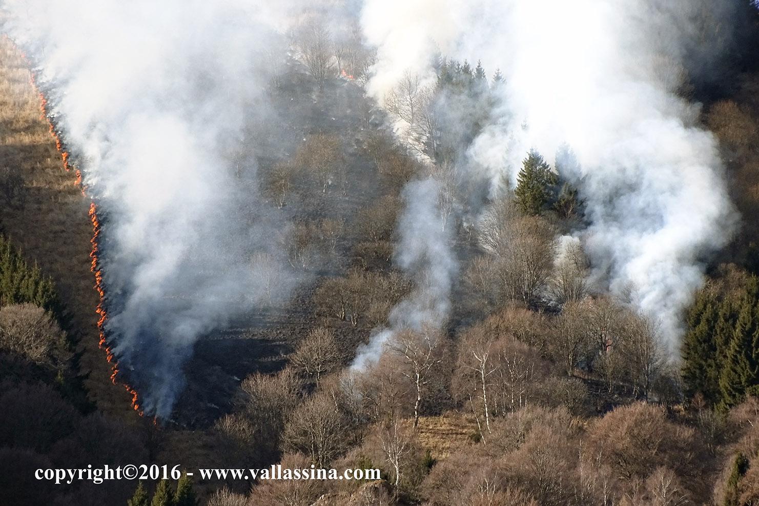 Incendio sul monte Poncive VIDEO